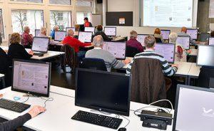 Computertreff - Internet @ Wirtschaftsschule KV Winterthur